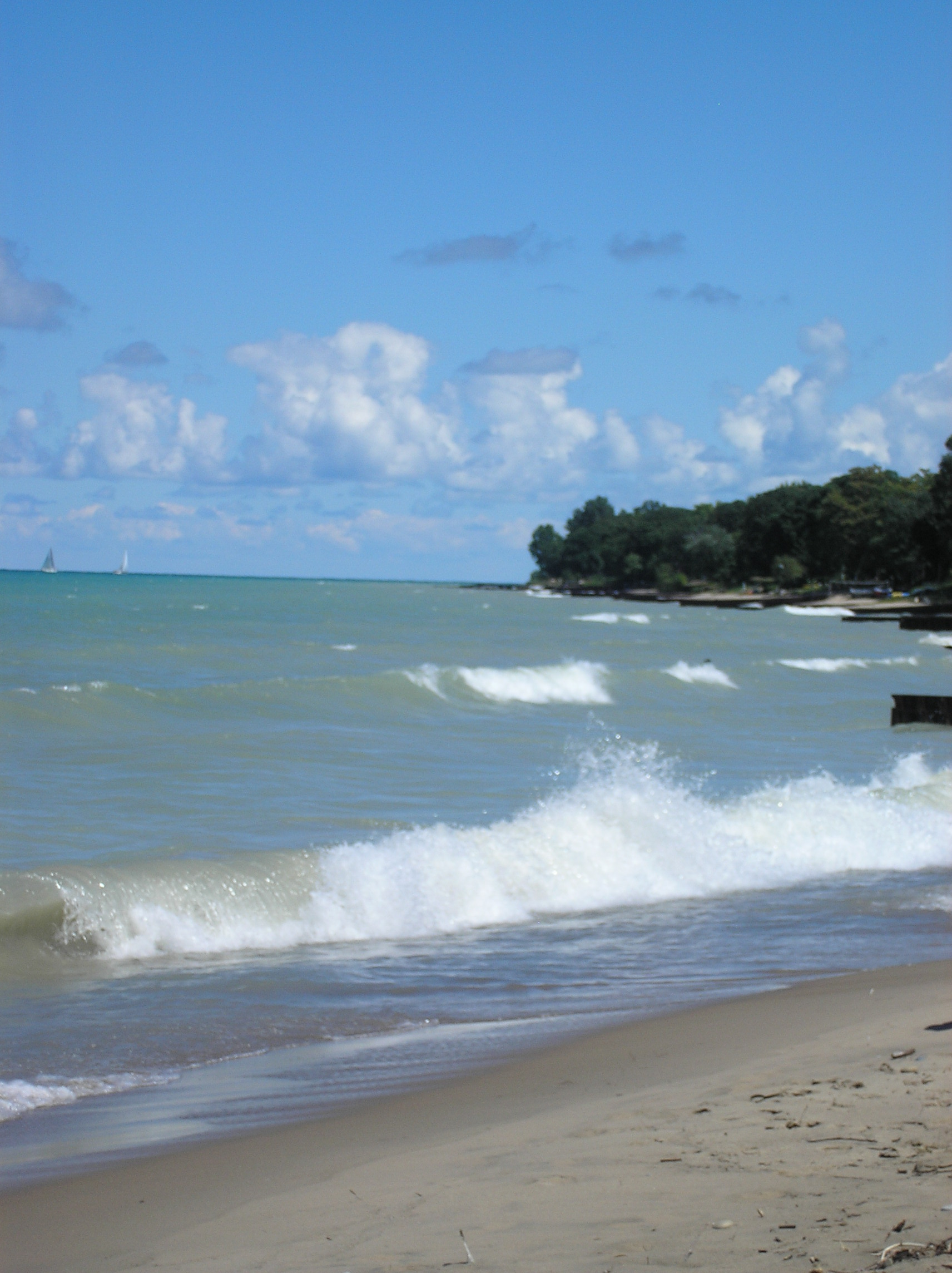 waves canatara