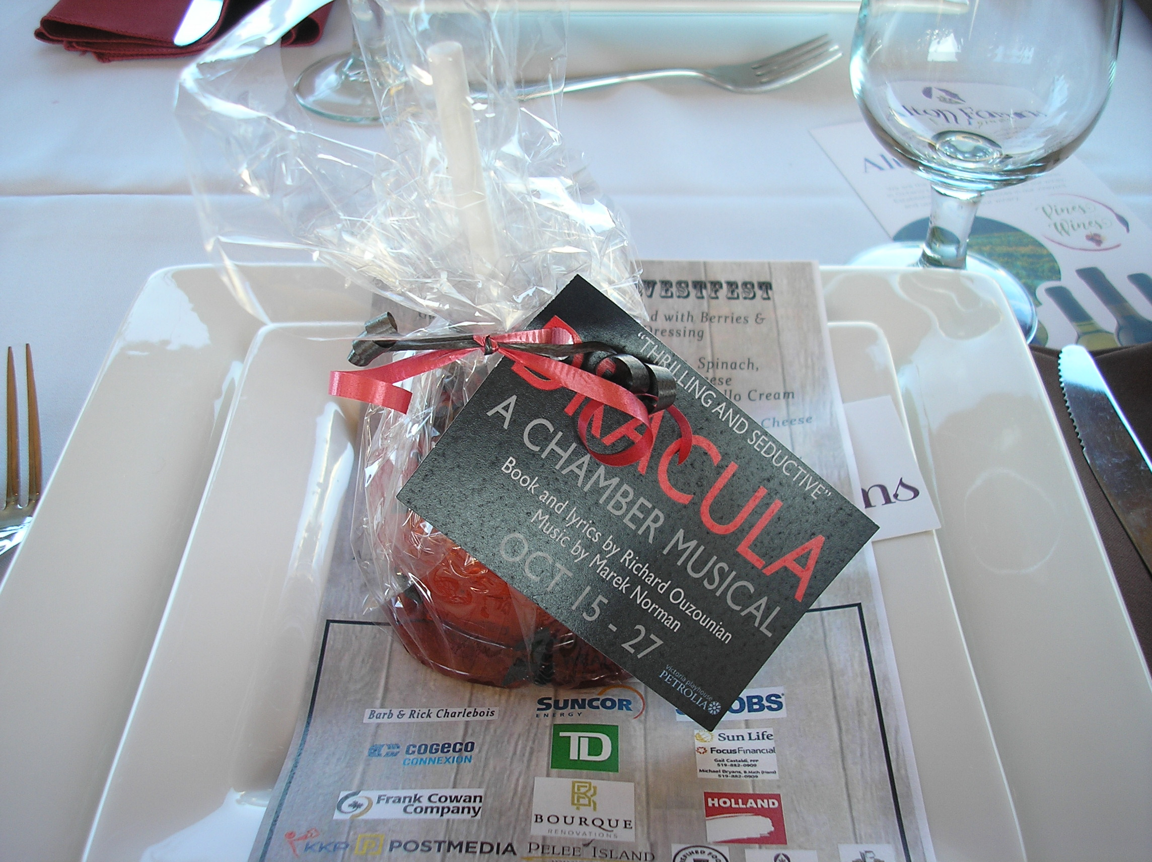 Harvestfest Place Setting Candy Apple