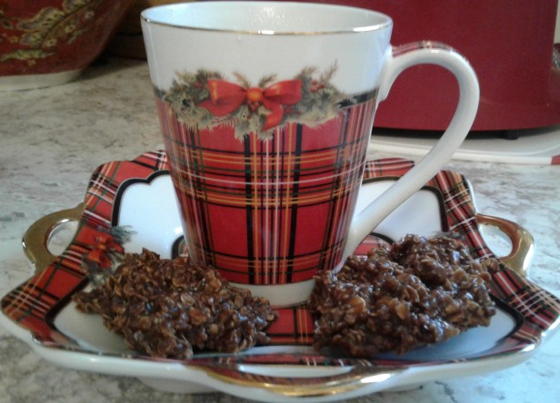 Christmas mug with cookies