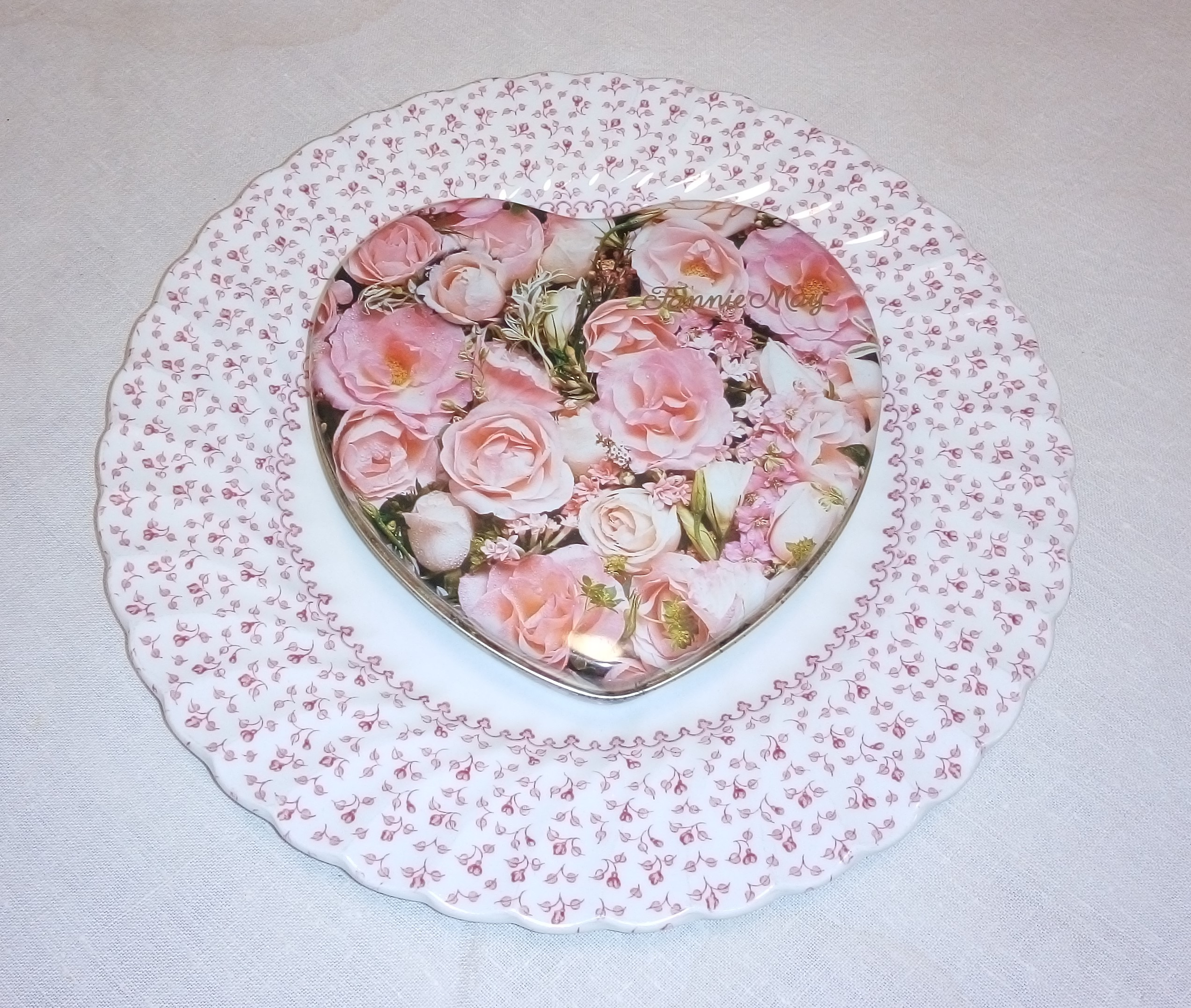 Pink plates and Valendtine's Day